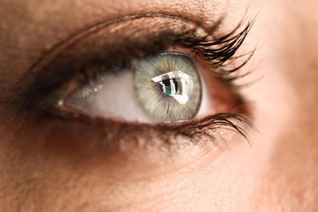 saiba-o-que-e-a-degeneracao-macular-relacionada-a-idade-e-como-se-prevenir-de-forma-natural-5